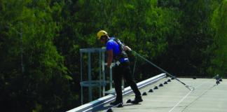 Poziomy system zabezpieczający przed upadkiem z wysokości